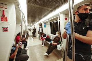 """Covid, De Micheli: """"In un anno passeggeri sui mezzi pubblici diminuiti del 50%"""""""