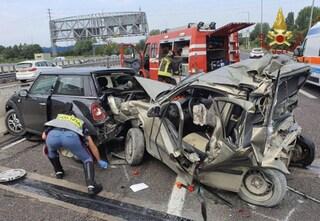 Drammatico schianto in tangenziale a Bologna, tir travolge auto: muore vigile del fuoco