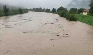 Maltempo, esonda l'Adige: chiusa l'Autobrennero fino a Bolzano, evacuate 600 persone a Egna