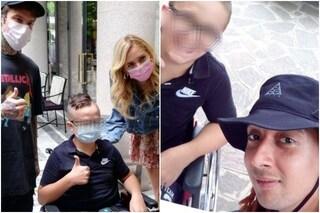 """Brjan, a 15 anni costretto sulla sedia a rotelle da una sindrome rara: """"Aiutateci, siamo soli"""""""