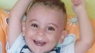 Evan ucciso a 21 mesi, la denuncia del papà bloccata per giorni tra le procure