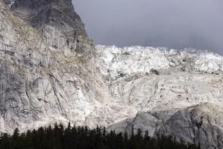 """Val Ferret, il ghiacciaio di Planpincieux si scioglie: """"Rischio crollo istantaneo"""""""