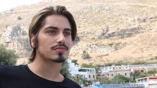 """La storia di Dario, bullizzato perché è gay e obeso: """"Piangevo sempre, ho tentato il suicidio"""""""