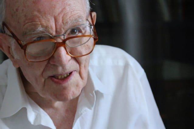 """Palermo, Giuseppe si laurea a 97 anni in Filosofia: """"Studiare fa bene, giovani non vi arrendete"""""""
