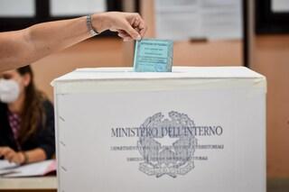 Referendum, i risultati definitivi: il Sì sfiora il 70%, ora riforme e legge elettorale. La diretta