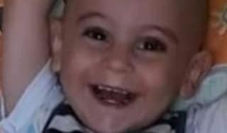 """Siracusa, indagato il padre del piccolo Evan: """"Lo ha picchiato"""""""