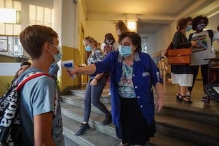 Le scuole devono misurare la febbre agli studenti: il Tar dà ragione alla Regione Piemonte