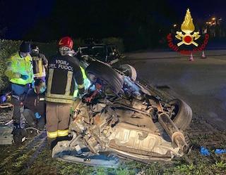 Incidente Cogollo del Cengio, auto esce di strada e si ribalta: morto 21enne, grave l'amico