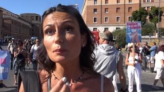 Il mio viaggio fra i negazionisti del Coronavirus che hanno manifestato a Roma