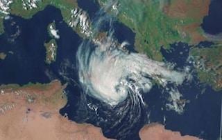 """Meteo, in arrivo un ciclone tropicale in Calabria e Sicilia. Gli esperti: """"Simile a un uragano"""""""