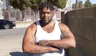 Los Angeles, afroamericano fermato in bici e ucciso dagli agenti: proteste contro la polizia