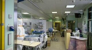 Coronavirus, è assalto ai pronto soccorso: gente terrorizzata, ospedali in tilt
