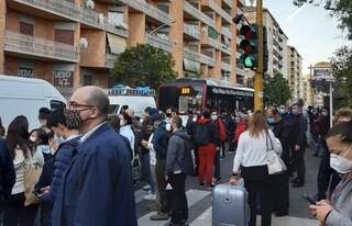 Metro B, interrotta per guasto tratta Laurentina-Garbatella: caos e affollamento nelle stazioni