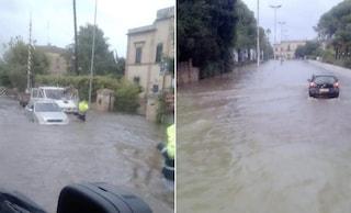 Allerta maltempo Puglia, strade come fiumi in Salento: auto sommerse e allagamenti