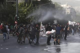 """Grecia, condannato il partito di estrema destra Alba Dorata: """"È un'organizzazione criminale"""""""
