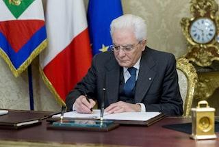 Taglio dei parlamentari, Mattarella promulga la legge: quando entrerà in vigore la riforma