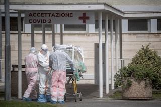 Abruzzo, anziana malata di covid muore in ambulanza perché in ospedale non c'è più posto