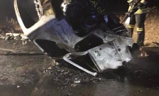 Drammatico incidente sulla Ss96 tra Altamura e Gravina: auto prende fuoco, due morti tra le fiamme