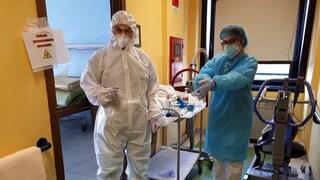 Coronavirus Bari, nuovo focolaio: 17 medici e infermieri positivi in clinica Mater Dei