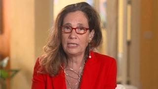 Ilaria Capua dice che contro il Covid il vaccino non basta senza restrizioni