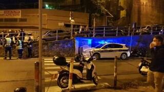 Genova, auto pirata travolge quattro ragazzine, una è incinta di otto mesi: gravissime due 17enni