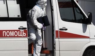 Nuova ondata Covid colpisce la Russia, tra le prime nazioni a cominciare le vaccinazioni
