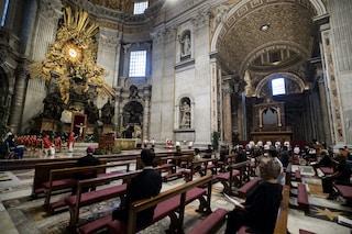 Covid rivoluziona la messa di Natale: celebrazioni anticipate, resta coprifuoco alle 22