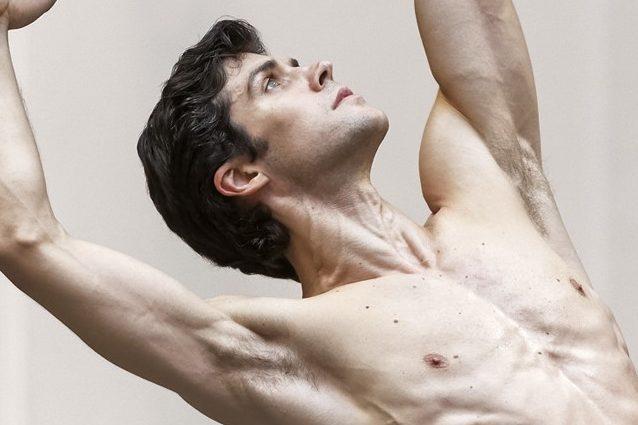 Perché in Italia i ballerini vanno in pensione a 47 anni come Roberto Bolle?