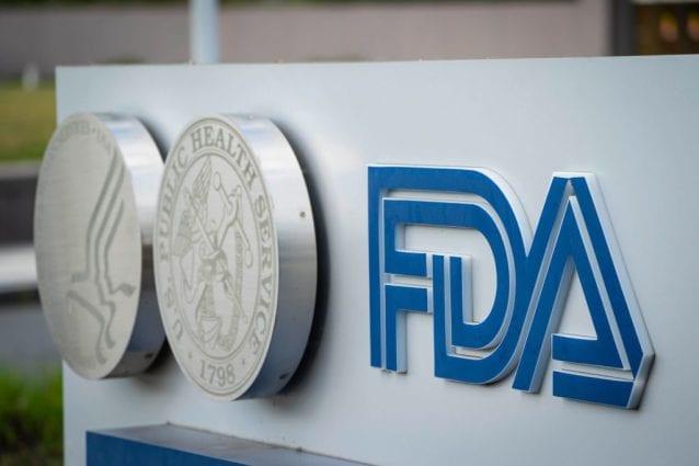 """Usa, esperti Fda dicono no a terza dose vaccino Pfizer per tutti: """"Non ci sono abbastanza dati"""""""