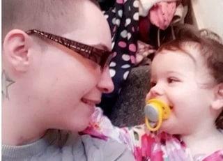 """""""Sotto l'effetto di cocaina ha lasciato morire la figlia tra urla atroci"""", a processo mamma 26enne"""