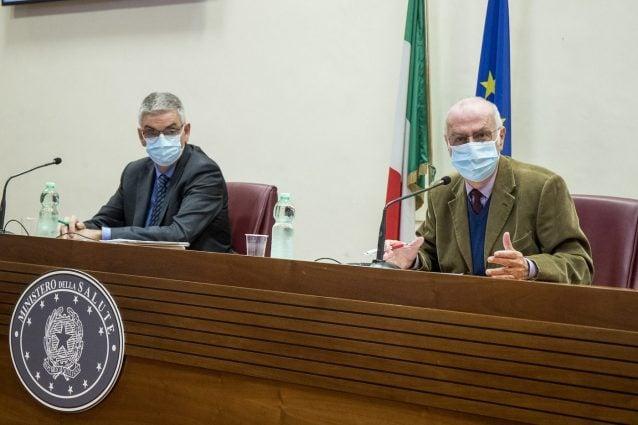 """Per l'Iss serve prudenza: """"Siamo ancora in pandemia, variante Delta plus presente in numero limitato"""""""
