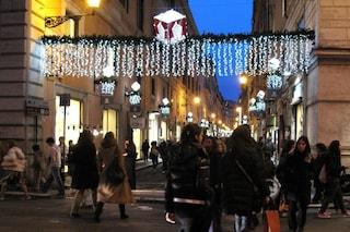 Allo studio dpcm di dicembre per Natale: ingressi nei negozi per fasce d'età e coprifuoco ritardato