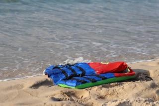 Migranti, nuova strage nel Mediterraneo: 94 morti al largo della Libia