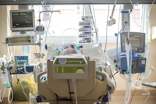 Scegliere chi salvare: ecco il documento che dice a chi va data la precedenza tra i malati di Covid
