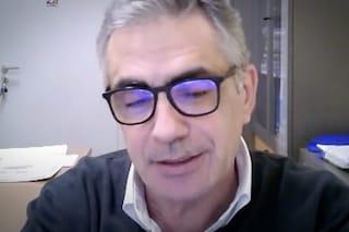 """Il virologo Pregliasco a Fanpage.it: """"Niente cenone a Natale e Capodanno per evitare terza ondata"""""""