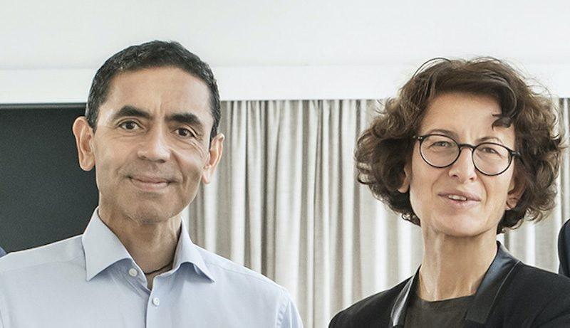 Uğur Şahin e sua moglie Özlem Türeci.
