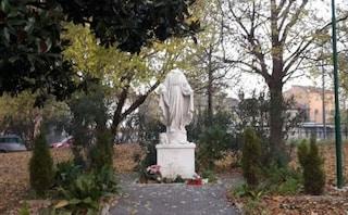 Statua della Madonna decapitata e con le mani mozzata, l'indignazione del sindaco di Venezia