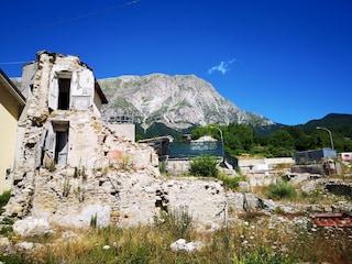 L'ultima beffa ai terremotati: da gennaio dovranno pagare le bollette anche sulle case distrutte