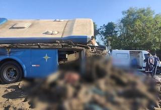 Brasile, incidente devastante tra un pullman e un camion: 40 morti e molti feriti gravi