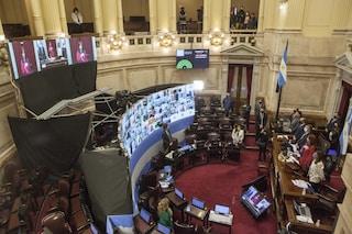 Approvata una tassa sui grandi patrimoni per combattere il Covid. In Argentina