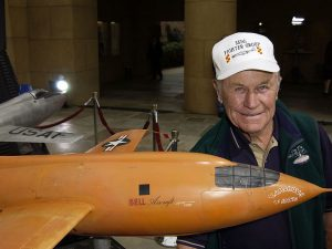 Chuck Yeager (Getty).