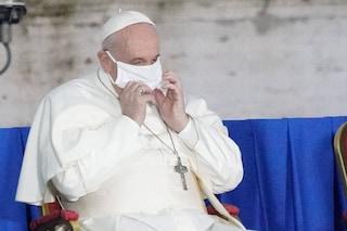 Vaticano, il 'vaccino sospeso' permette la vaccinazione di altri 300 poveri