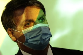 Brasile, Bolsonaro ricoverato in ospedale: possibile intervento d'urgenza