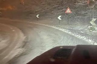 Maltempo oggi, neve al Nord: morti un vigile del fuoco e un clochard, tromba d'aria si abbatte sul litorale di Roma