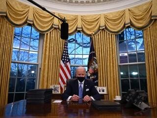 """Usa, Biden parla della lettera di Trump: """"Nota privata ma molto generosa"""""""