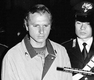 """La storia di Andrea Matteucci, il serial killer di Aosta: """"Bruciavo le donne nei forni"""""""