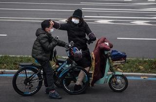 Nuova ondata di Covid in Cina: primo decesso dopo 8 mesi e picco di nuovi contagi da marzo