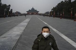 Cina, torna l'incubo Covid: a Pechino scuole chiuse fino a marzo, lockdown per 2 milioni di persone