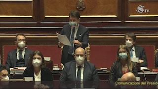 """Conte al Senato: """"Da Italia Viva grave gesto di irresponsabilità, serve voto dei volenterosi"""""""