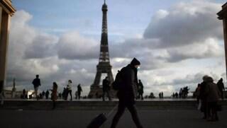 """Francia verso nuovo lockdown: """"La variante inglese ha cambiato tutto"""""""
